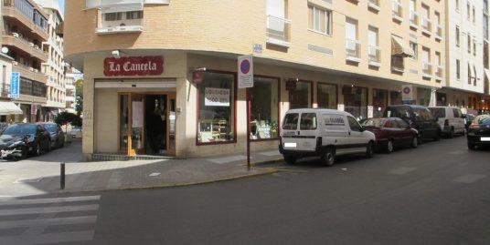 Se alquila Local en el centro de Ciudad Real