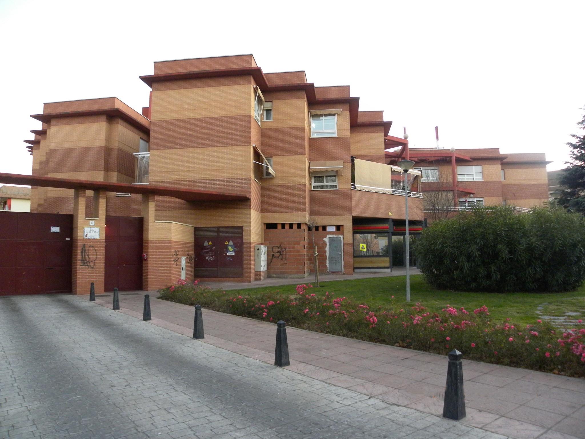 Se alquila Local en Ciudad Real