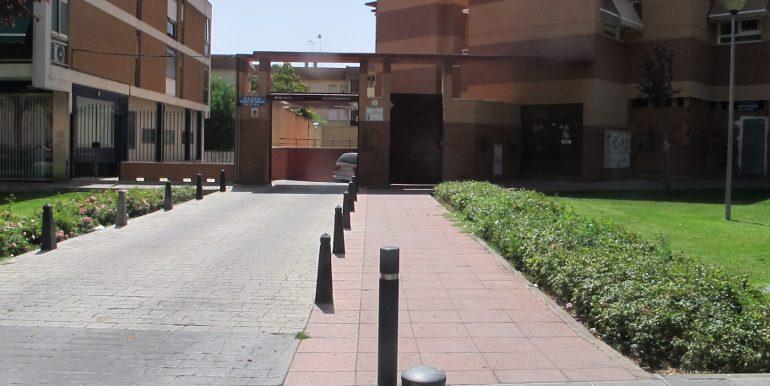 Se alquila Plaza de Garaje 03 001