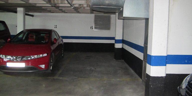 Se alquila Plaza de Garaje 03 006
