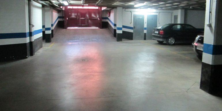 Se alquila Plaza de Garaje 03 007